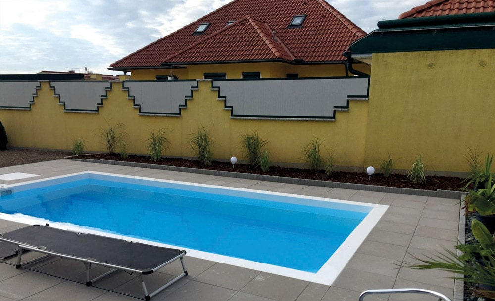 Neuer Pool mit Außenanlage in Oberwart