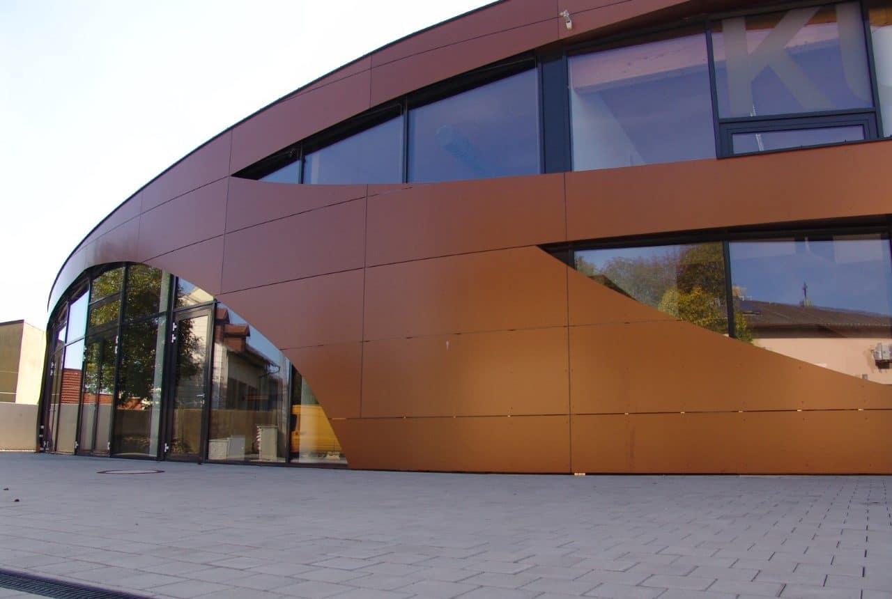 Neubau von einem Kulturhaus von Kager Massivbau