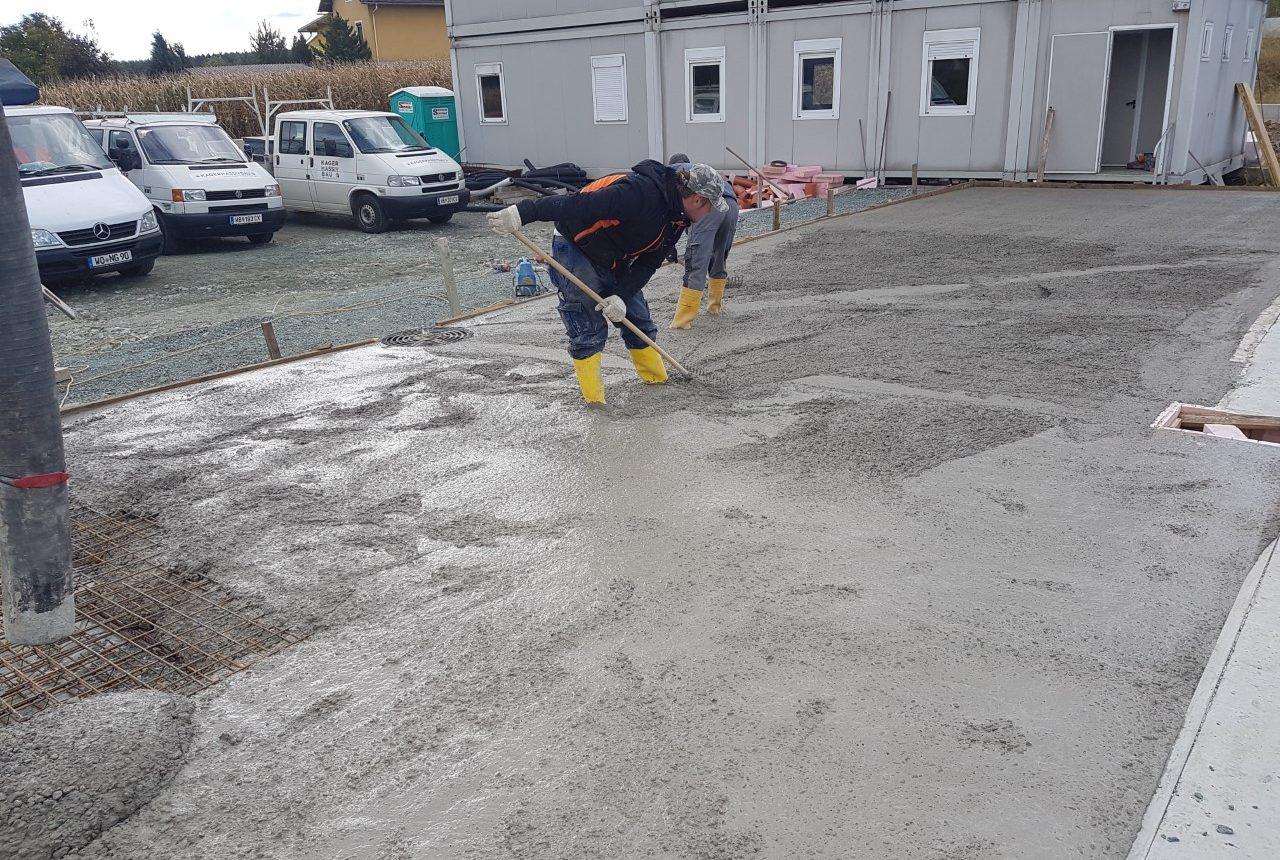 Betonieren für ein Betriebsgebäude von Kager Bau