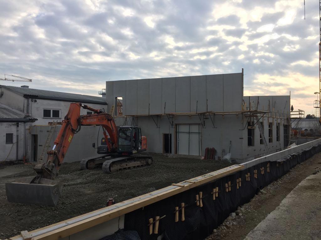 Bauarbeiten am Autohaus Peindl in Hartberg