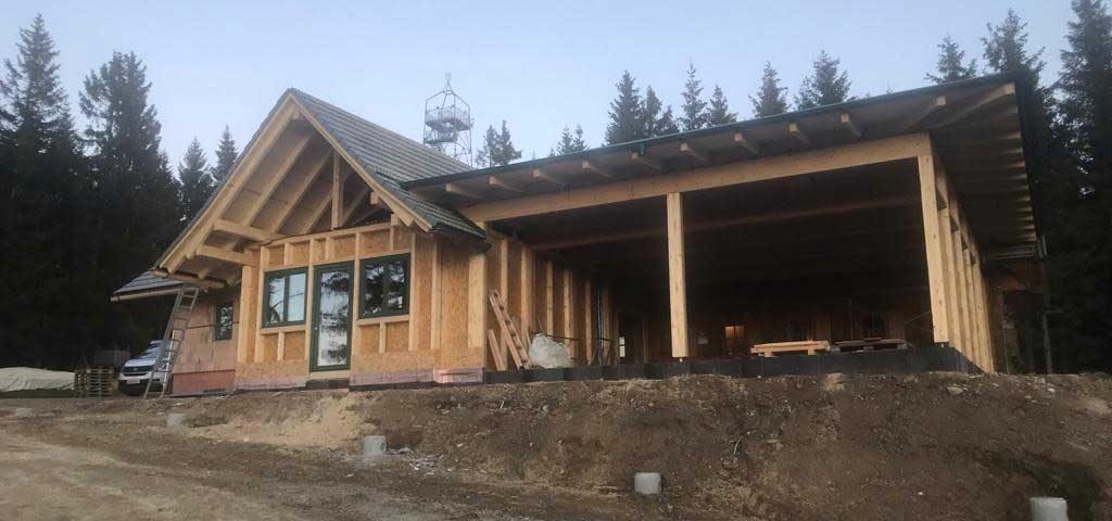 Zubau der Schützhütte Wildwiesenbach - von Kager durchgeführt