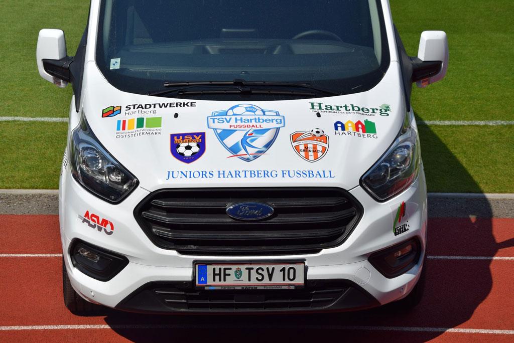 neuer Teambus für Juniors Hartberg