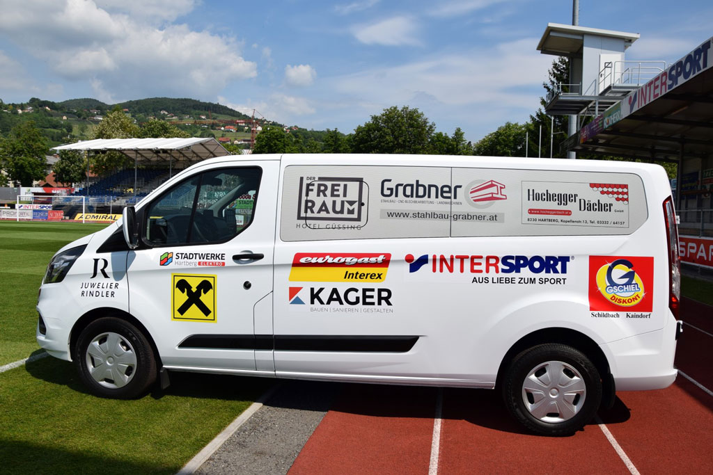 Tourbus von Kager